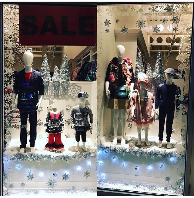 DIY Christmas Window Decoration Ideas